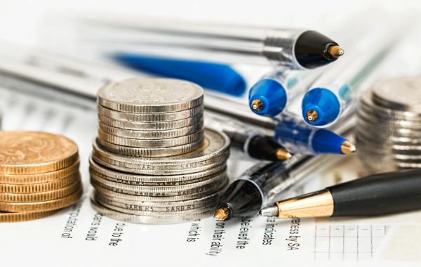 empresas ainda tem dinheiro para investir carlos caixeta palestrante estratégia vendas liderança